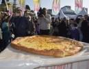 索契巨型奶酪饼被载入俄纪录大全:重达37.5公斤