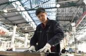 """钣金工陈炳东:为飞机一""""锤""""定音"""