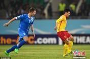 12强赛:国足客场0-2不敌乌兹别克 全场仅2脚打门