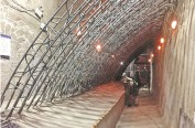 漫天大雪,他们在地下15米挖地铁车站