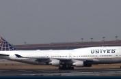 英媒:去年美国有多少乘客被航空公司赶下飞机?