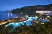 日本夜间泳池大受女性欢迎 宾馆、游乐园纷纷开放