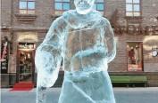 """""""老道外""""院里备冰块,游人有雕刻奇思妙想可DIY"""