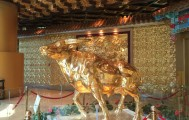 1吨重的黄金牛长什么样 探访转型中的华西村