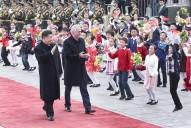 习近平同塞尔维亚总统尼科利奇举行会谈