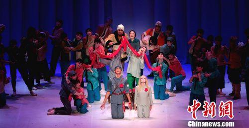 中日演员在日共同演绎芭蕾舞剧《白毛女》