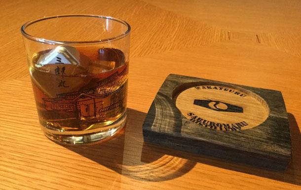金屋石与威士忌成富山砺波市地方品牌产品