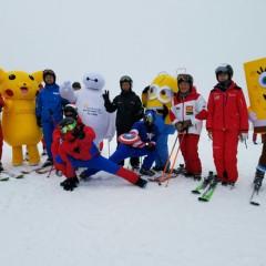 黑龙江省进入滑雪季千余名发烧友齐聚阳光滑雪场